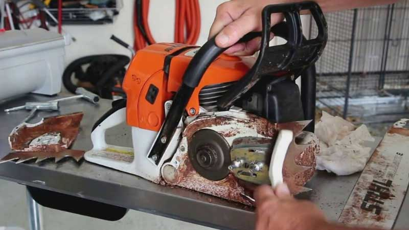How to Clean a Chainsaw Chain, Carburetor, and Air Filter