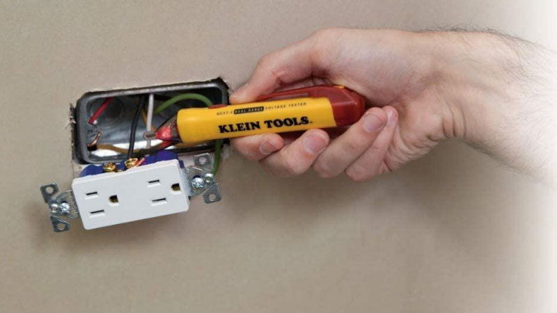 Best Non-Contact Voltage Tester