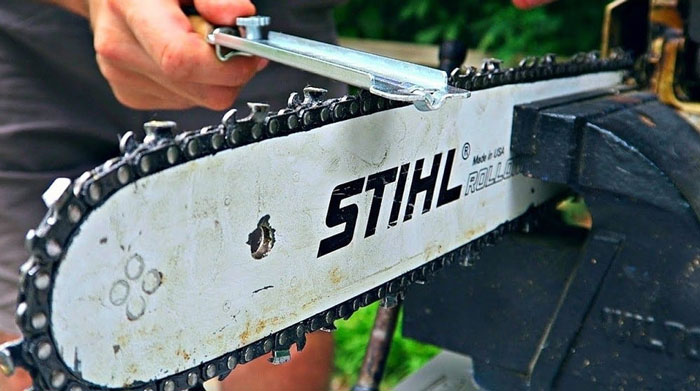 How Long Should a Chainsaw Chain Stay Sharp
