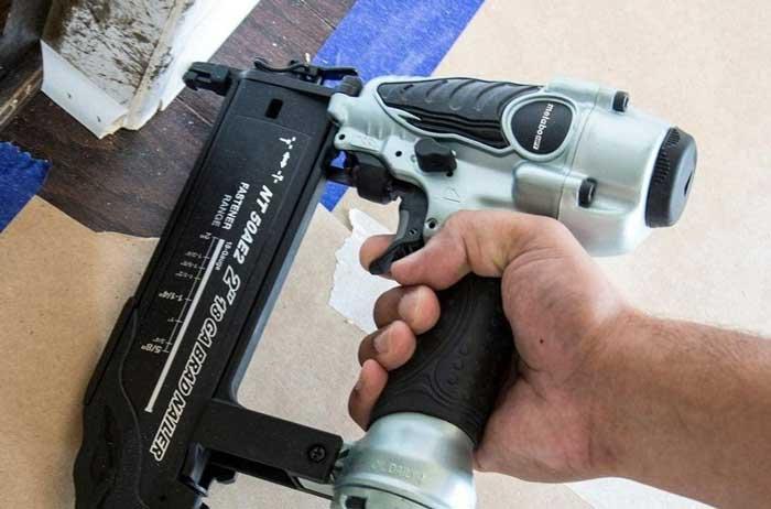 Nail Gun for Quarter Round